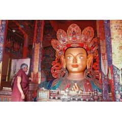 Attending Maitreya Buddha