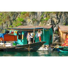 Children Float Village